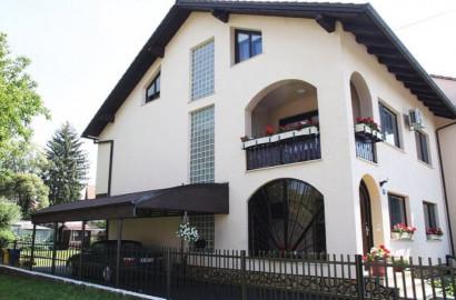 Kuća, Zaprešić, 266.00 m2