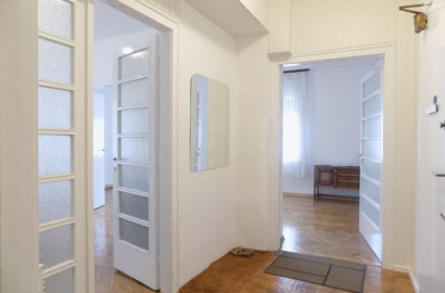 Zagreb/Šalata, 3-sobni komforni stan 80,00 m2 RENOVIRAN