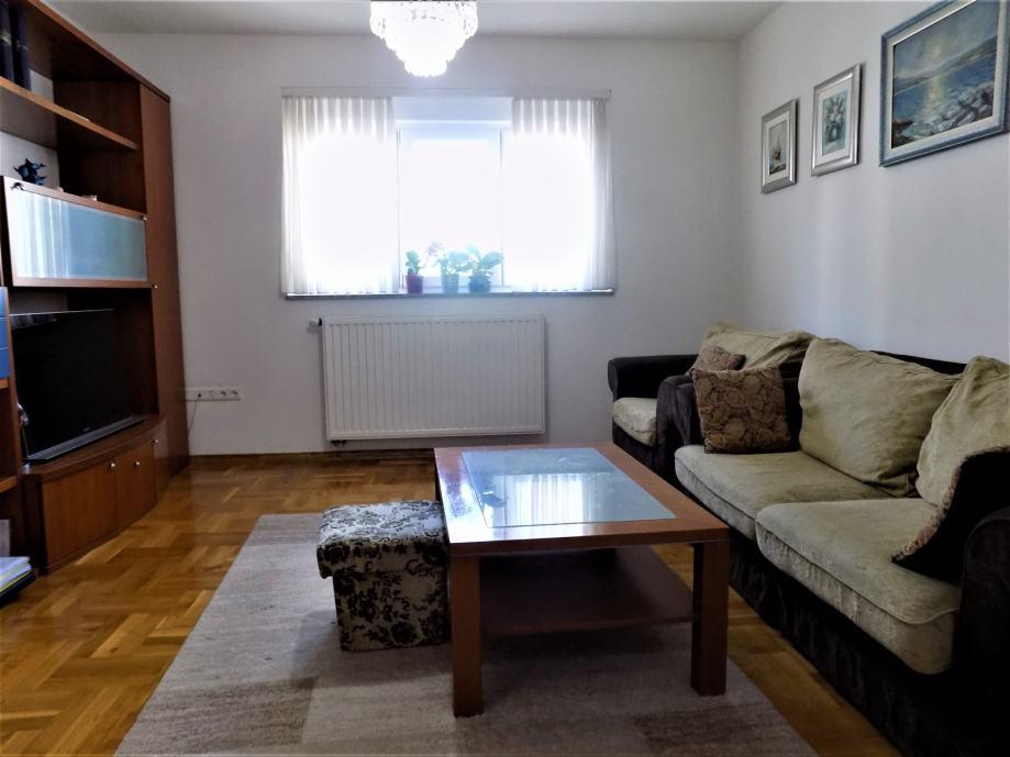 Zagreb (Sigečica), 3- soban stan 62 m2 kompletno RENOVIRAN!