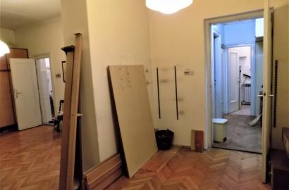 Zagreb (Donji grad), 2- soban stan 63,41 m2 za renoviranje
